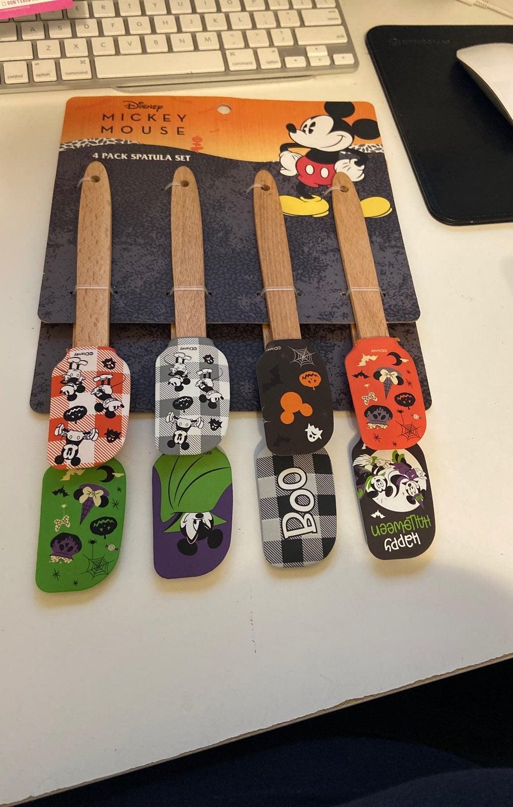 Mickey mouse spatulas