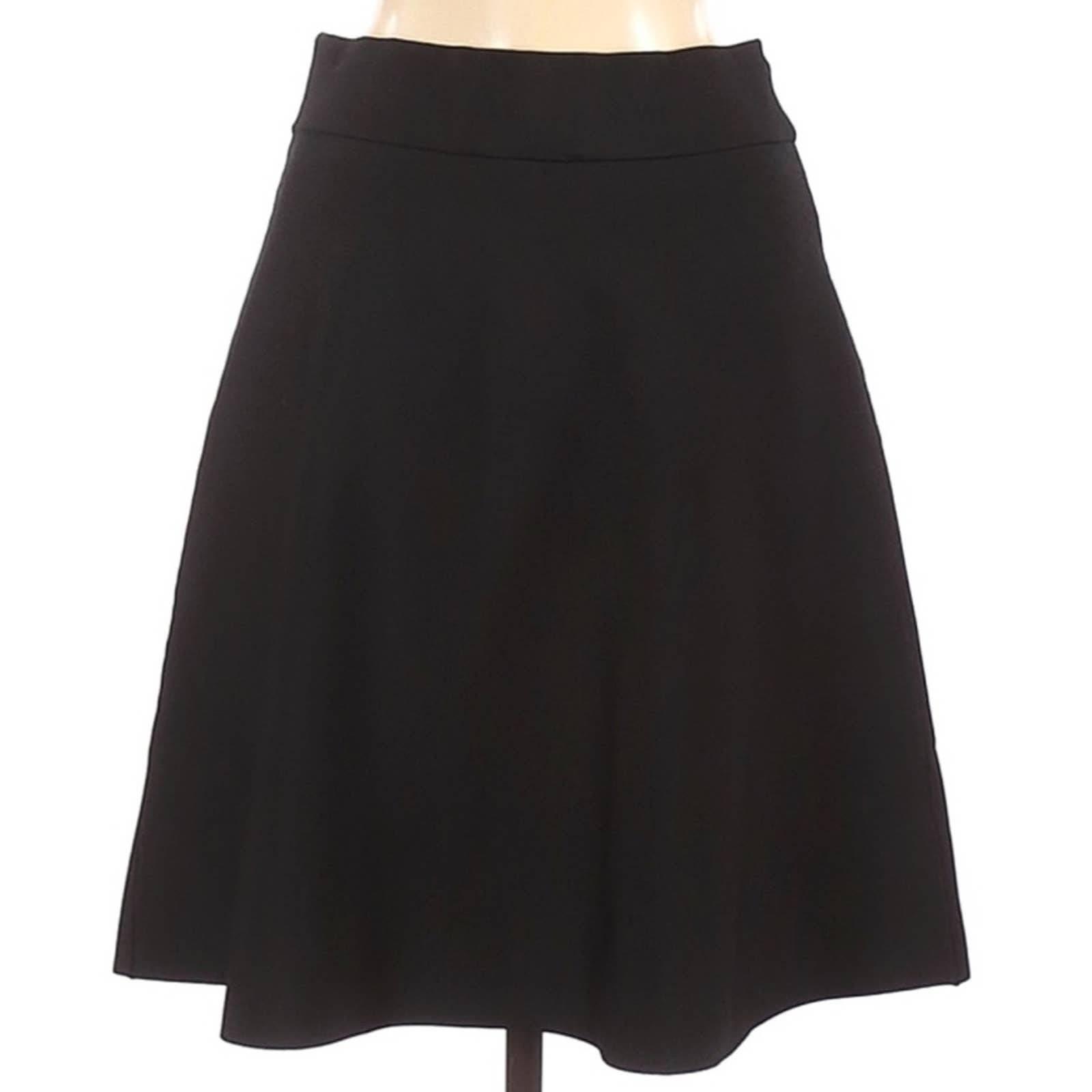 Ann Taylor Black Ribbed Circle Skirt
