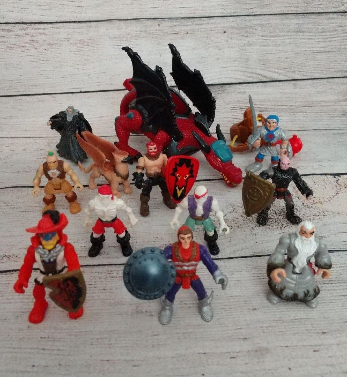 Imaginext Dragon & 11 figures