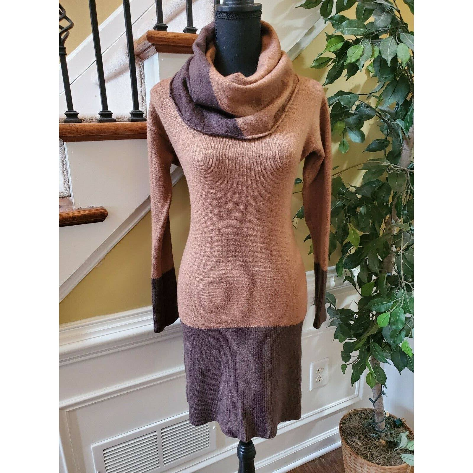 Kay Unger Sweater Dress. Size Small.