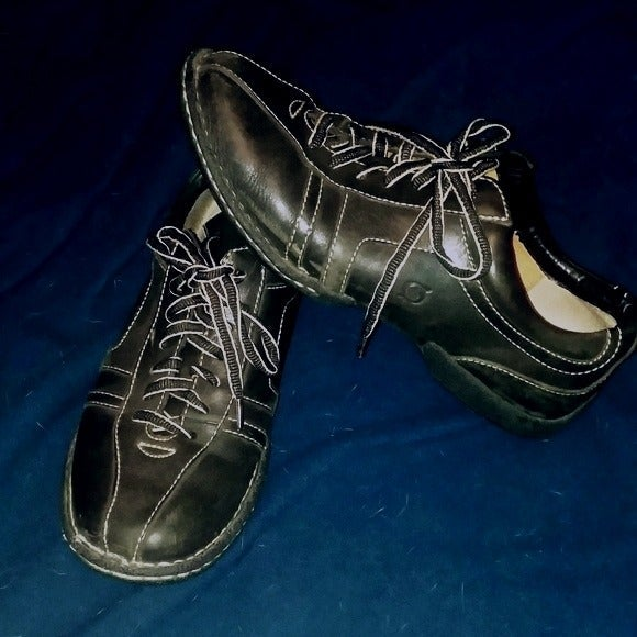 Men's BORN Hand Crafted Casual Shoes
