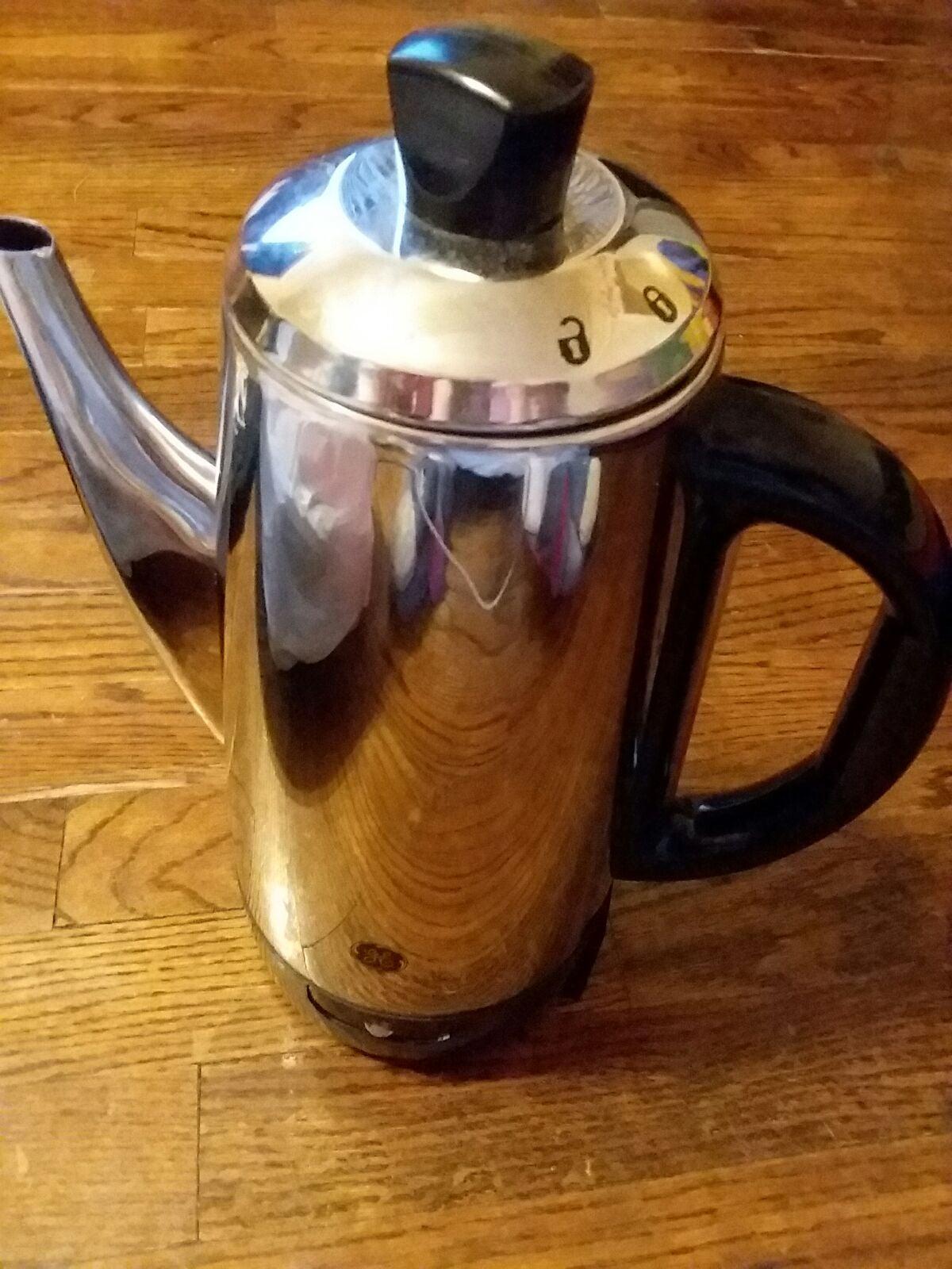 Vintage G.E Percolater Coffee Pot  12 cu