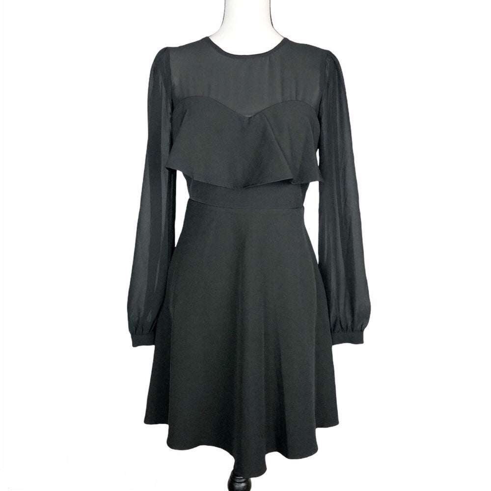 NWOT Gianni Bini black mesh sleeve flare