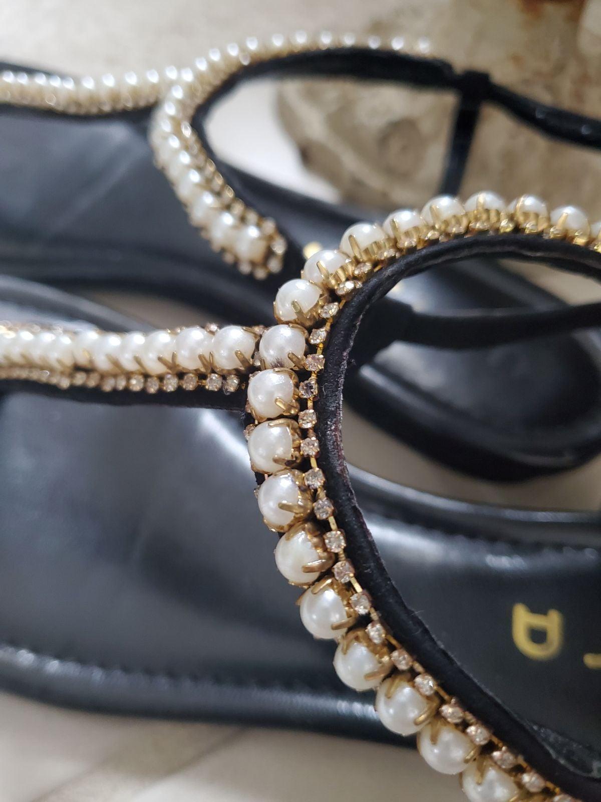 Sandals Unisa‼️ pearl/rhinestones 9M
