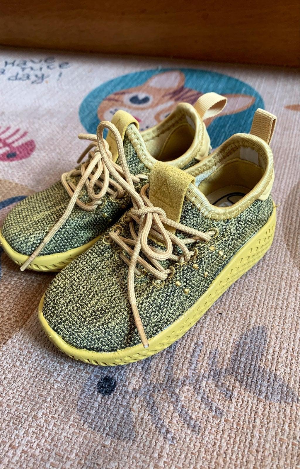 Adidas pharrell williams toddler shoes 5