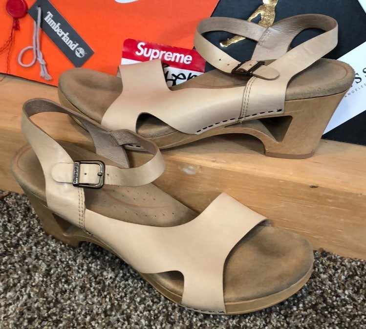 DANSKO-beige leather/wood clog sandals