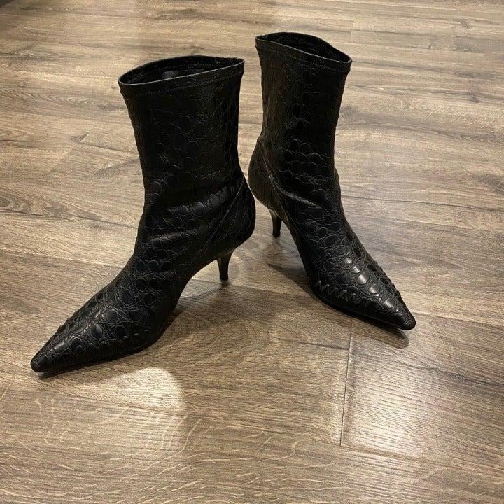 Gianni Bini Womens Black Ankle Boots 8.5