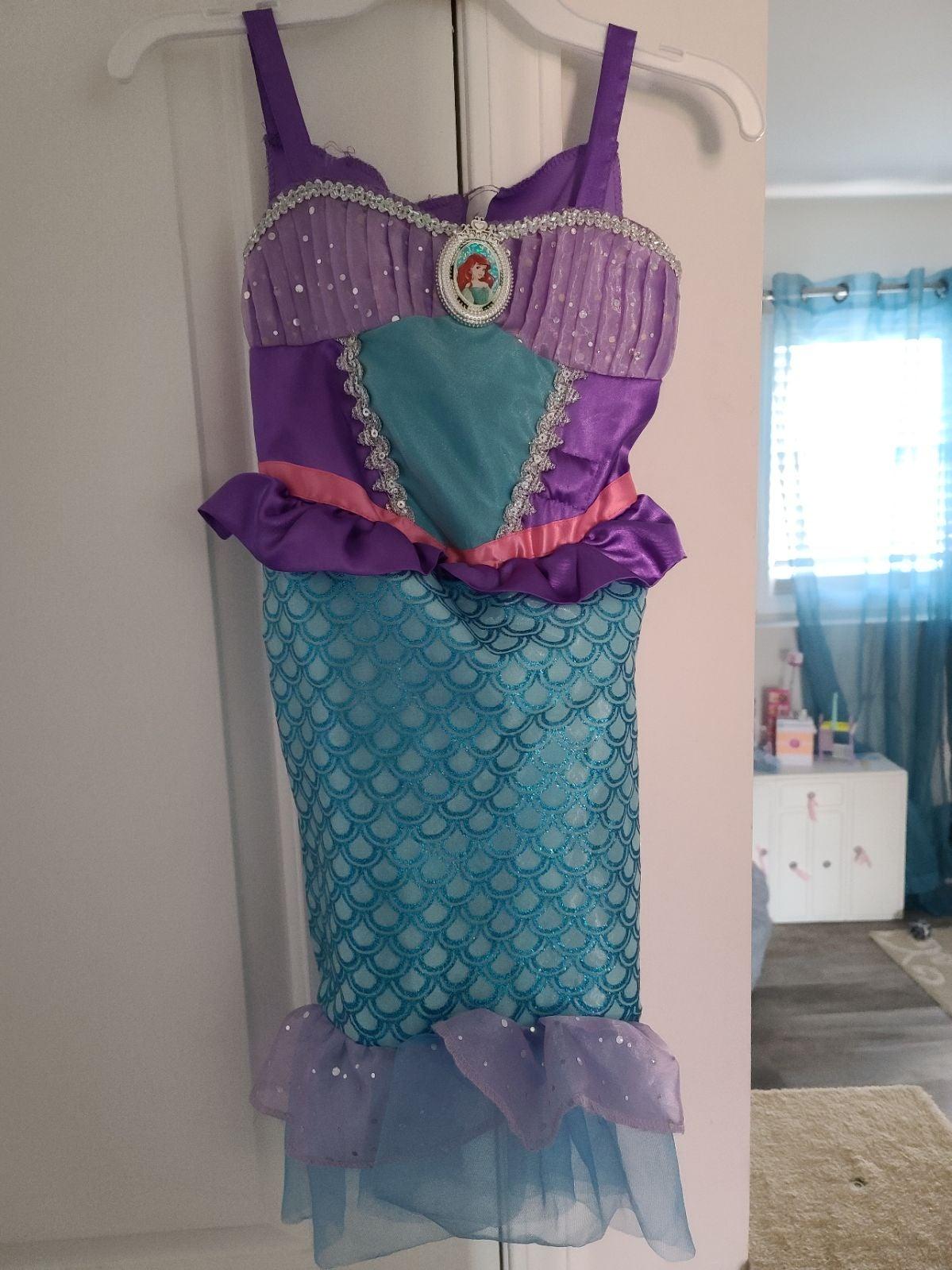 Disney Ariel dress up