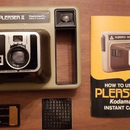 Pleaser II Kodamatic Instant Camera