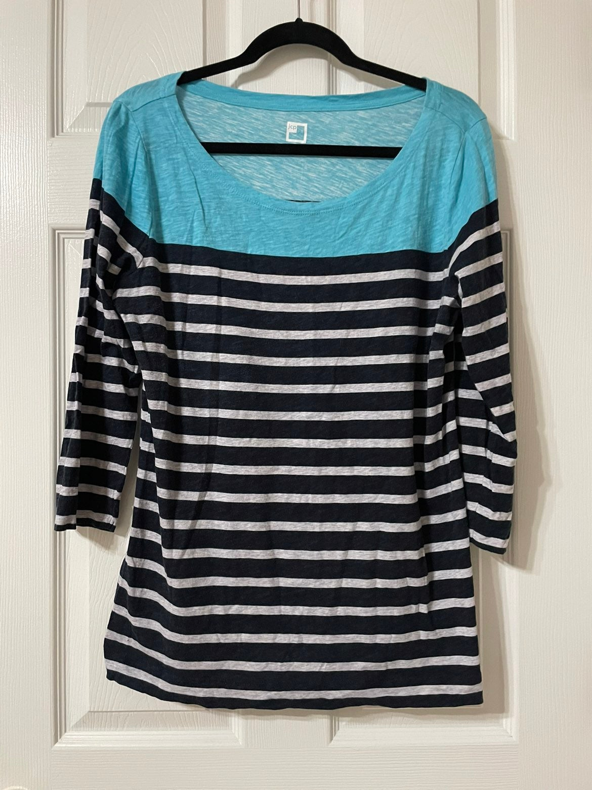 3/4 length sleeve striped blouse