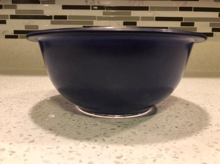 Pyrex Vintage Blue bowl 1 L