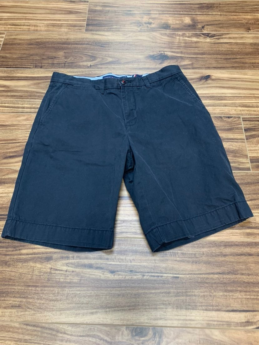Tommy Hilfiger black men's 32 shorts