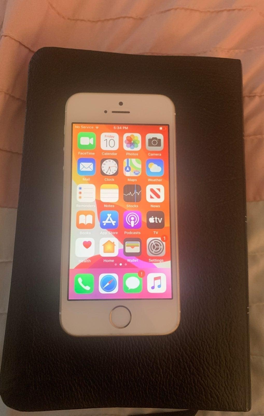 iPhone SE Gold 16 GB Unlocked