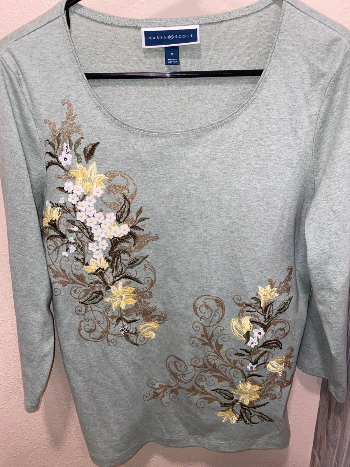 Sz M Karen Scott Floral-Embroidered Top