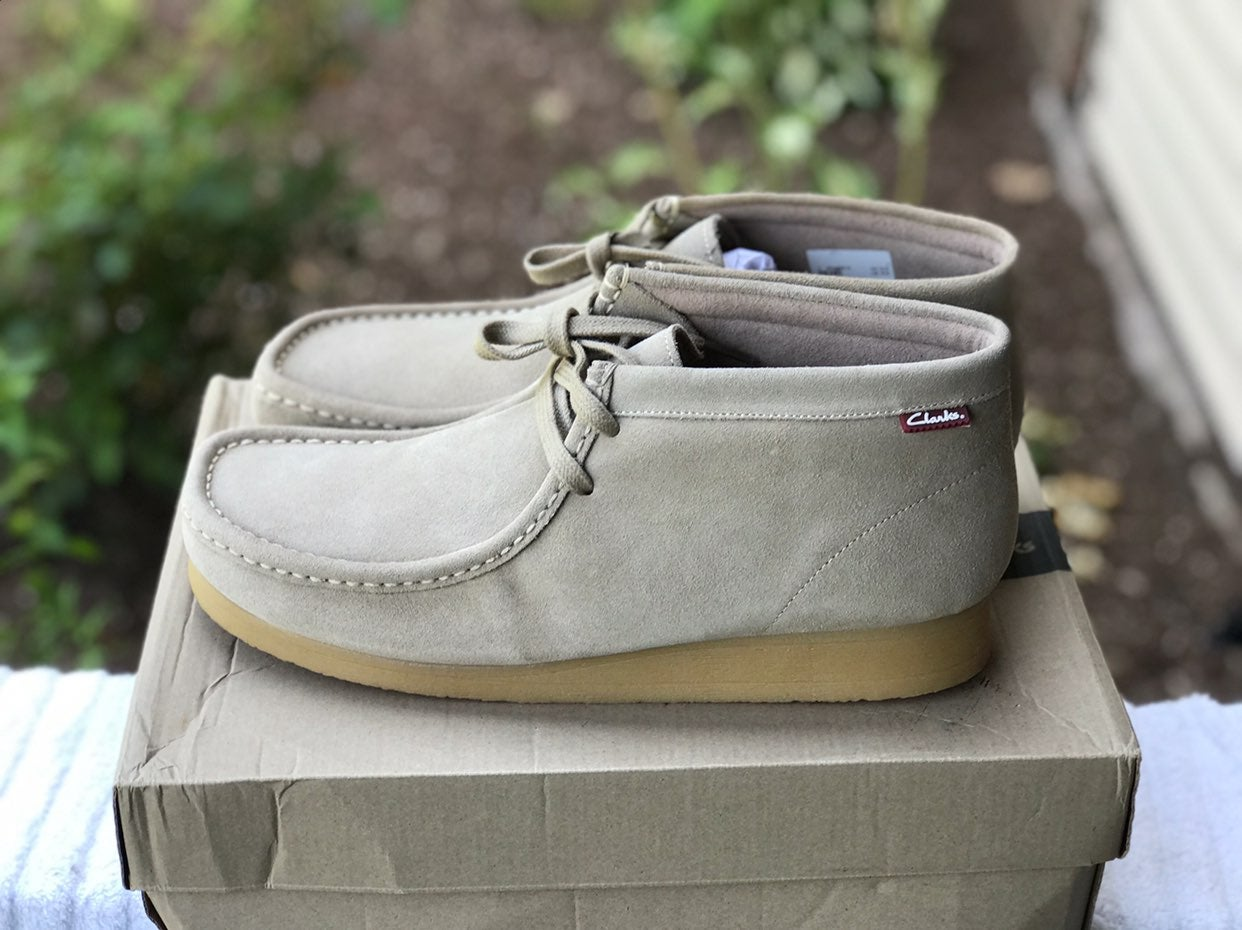 Clarks wallabees size 13