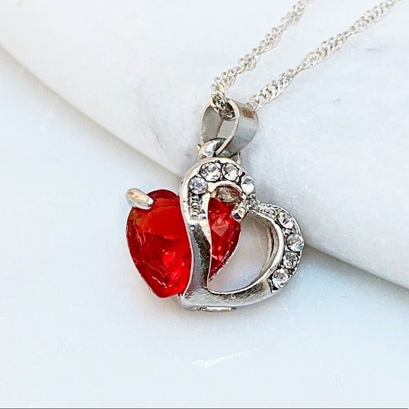 Red Floating Heart Crystal Pendant Neckl