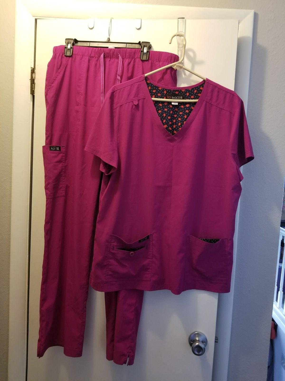 Koi basics hot pink scrub set