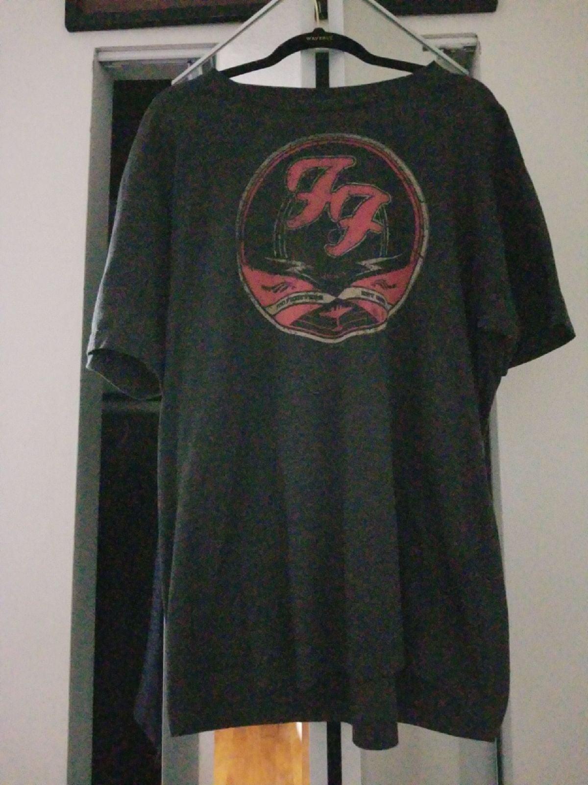 Foo Fighters 45RPM logo T shirt