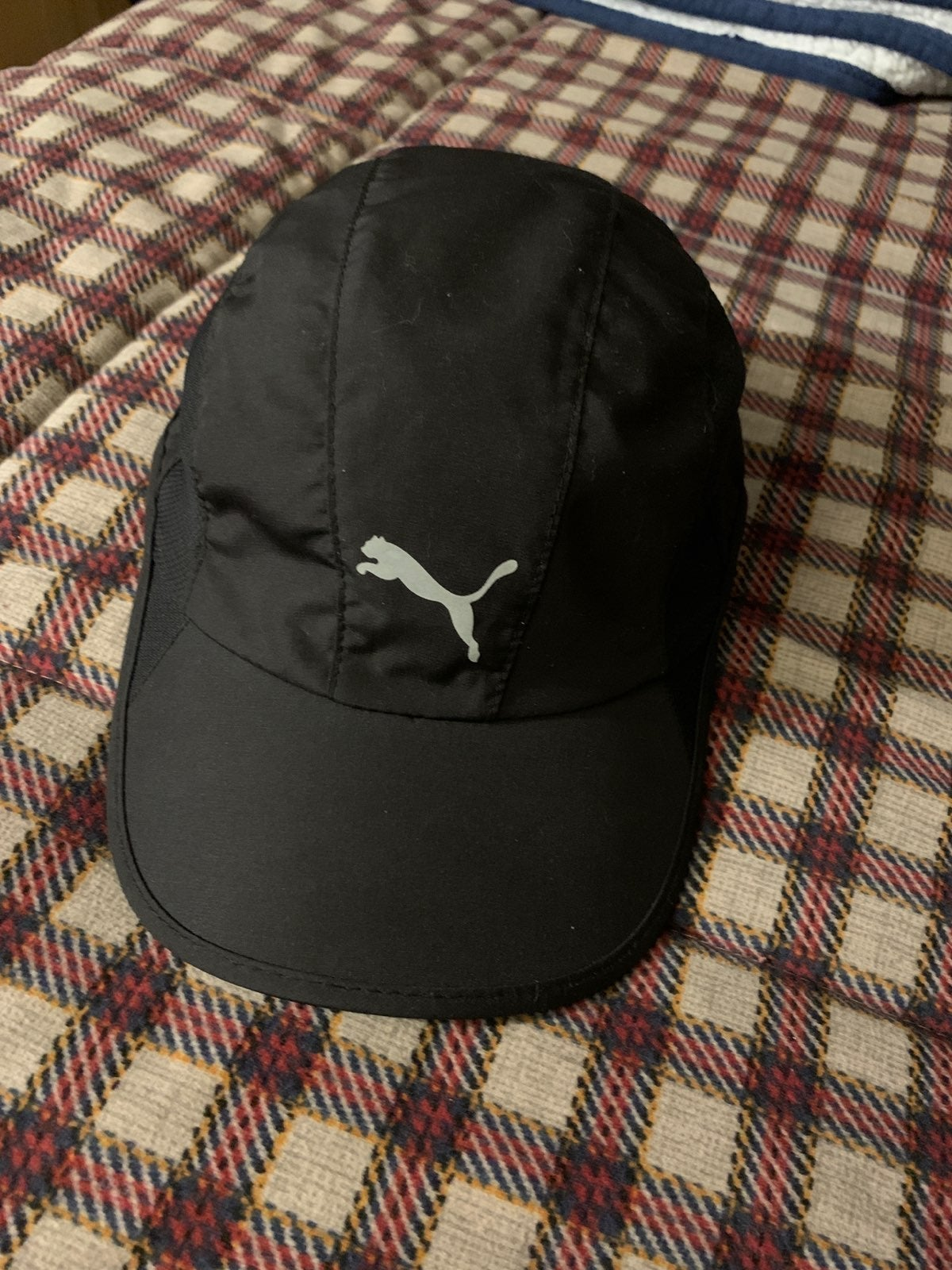 Puma athletic hat great condition