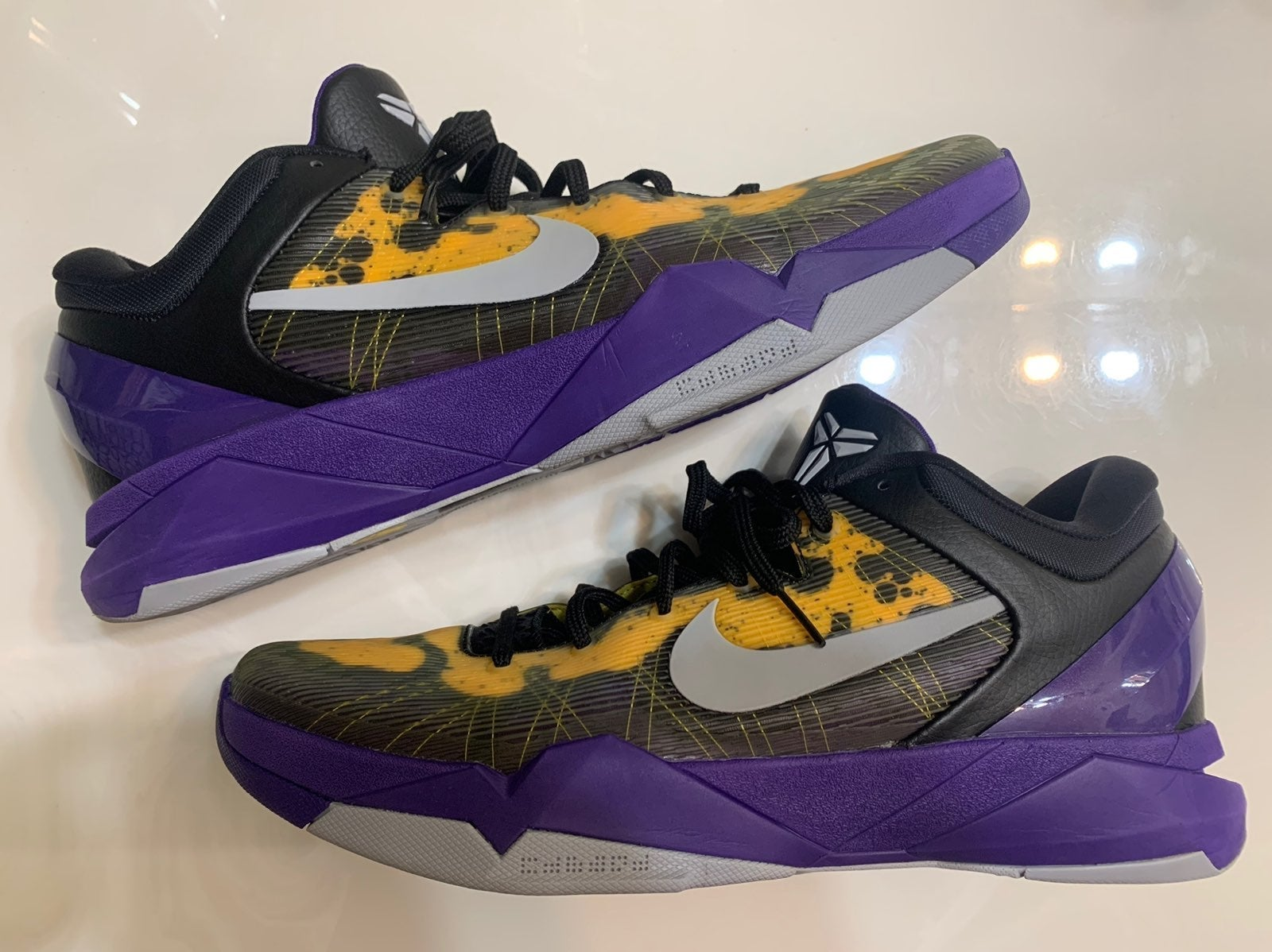 NIKE KOBE 7 VII POISON DART LAKERS SHOES