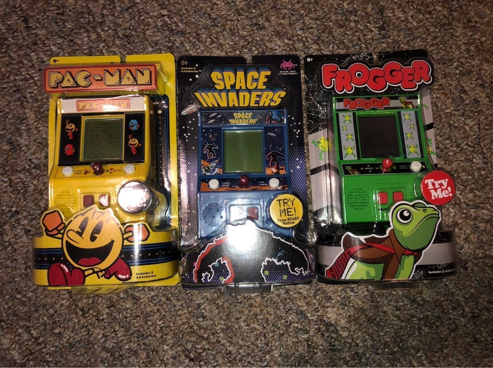 Vintage mini arcade games