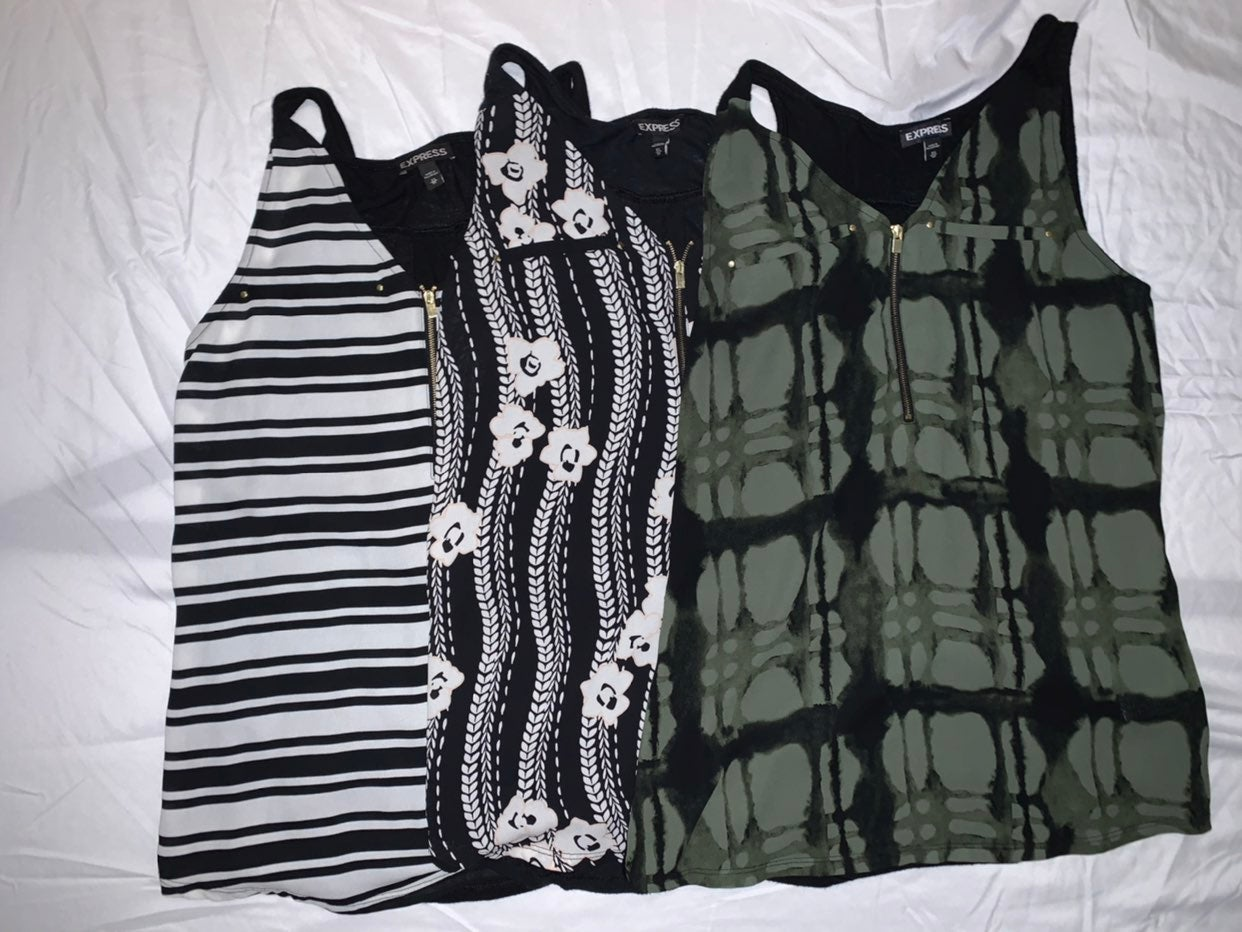 Sleeveless Express Tops in XS (3 tops in