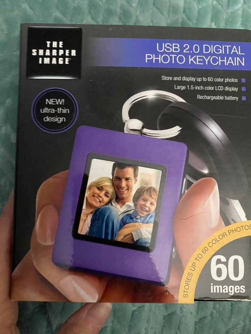 USB 2.0 Digital Photo Keychain