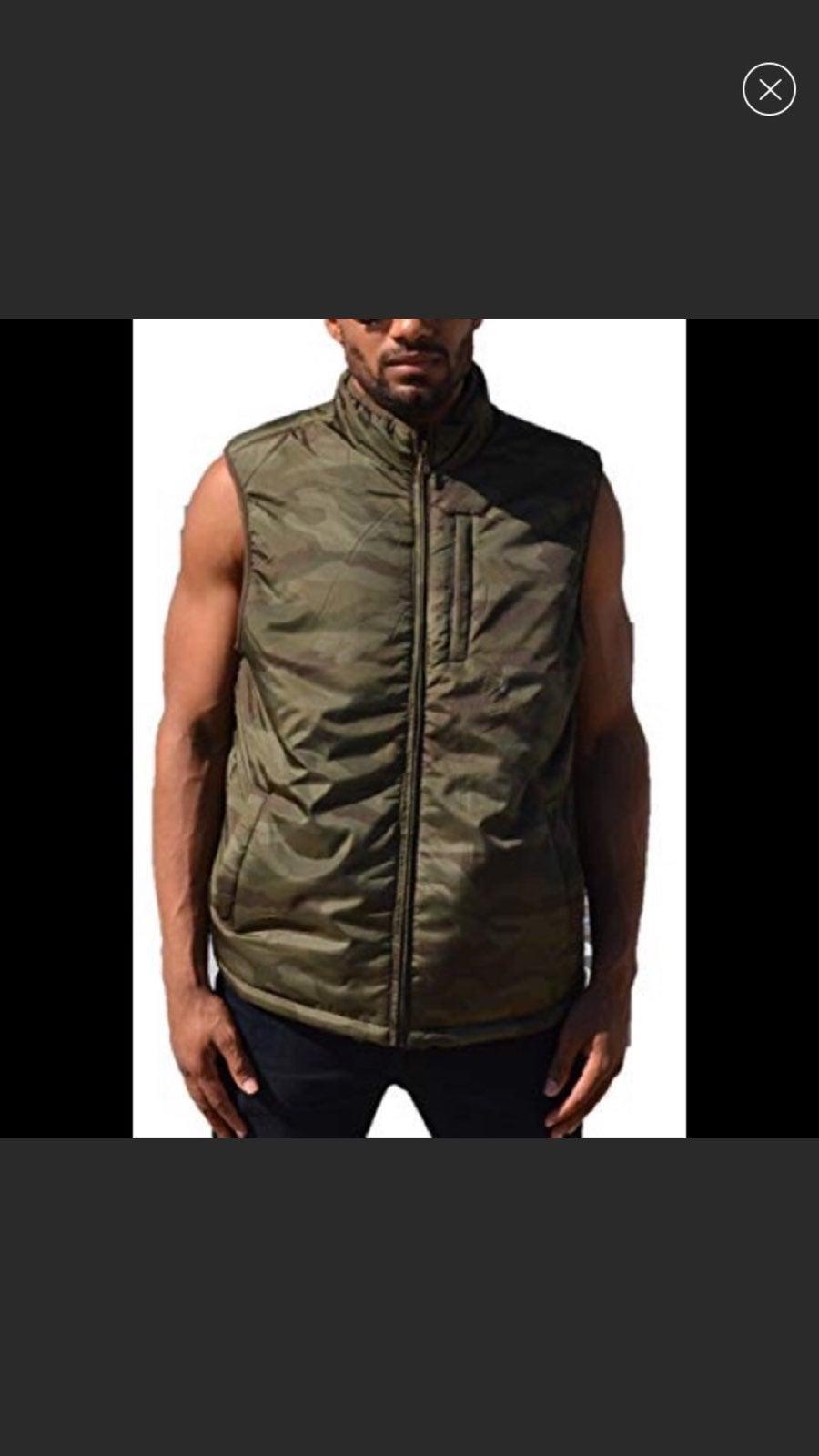 Weatherproof Men's Reversible Vest.