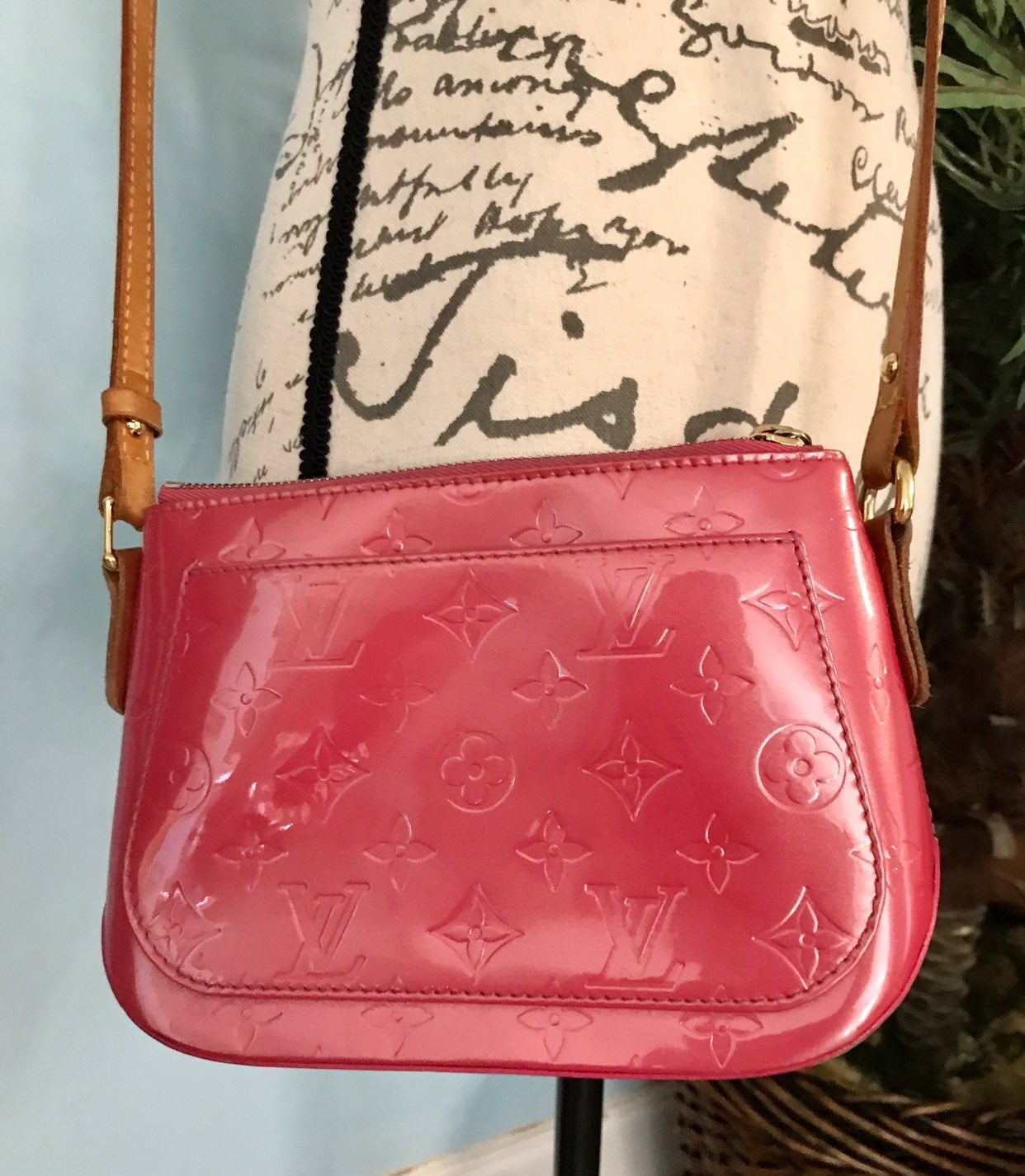 Louis Vuitton Vernis Minna Crossbody Bag