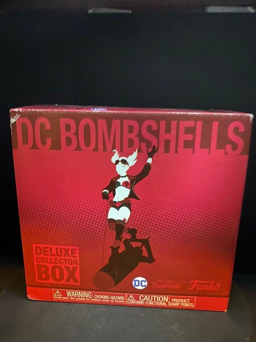 Funko Pop DC Bombshells. Deluxe Collecto