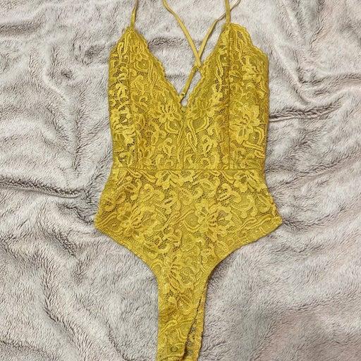 Mustard lace bodysuit windsor