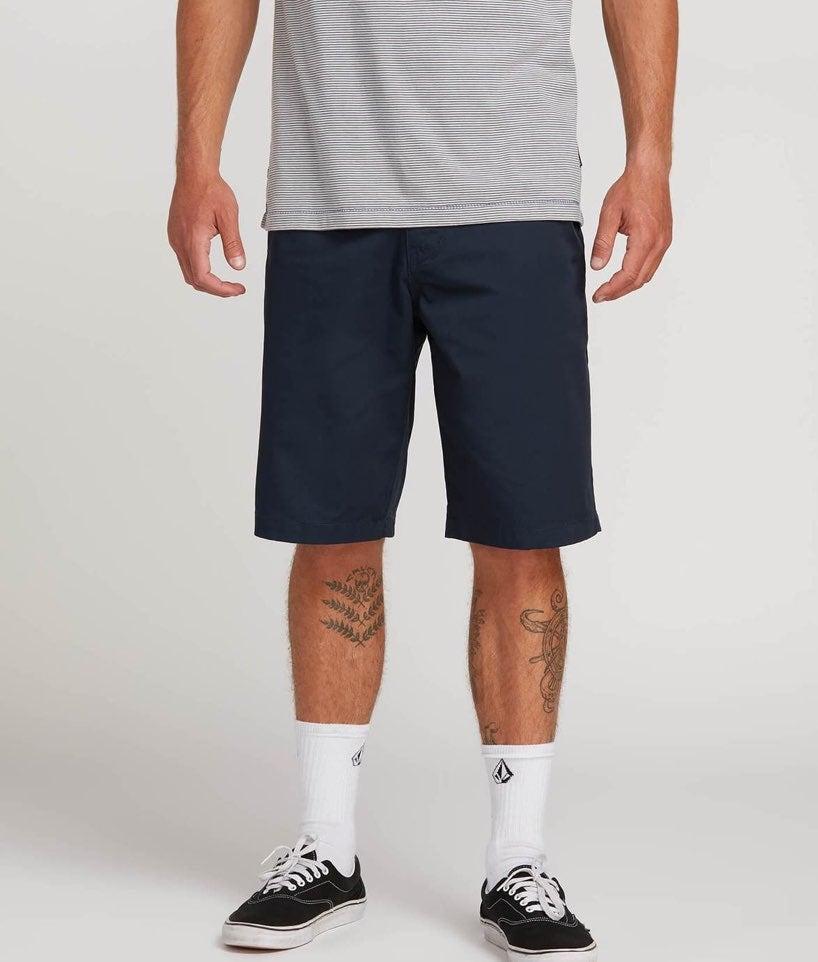 NWT VOLCOM Chino shorts
