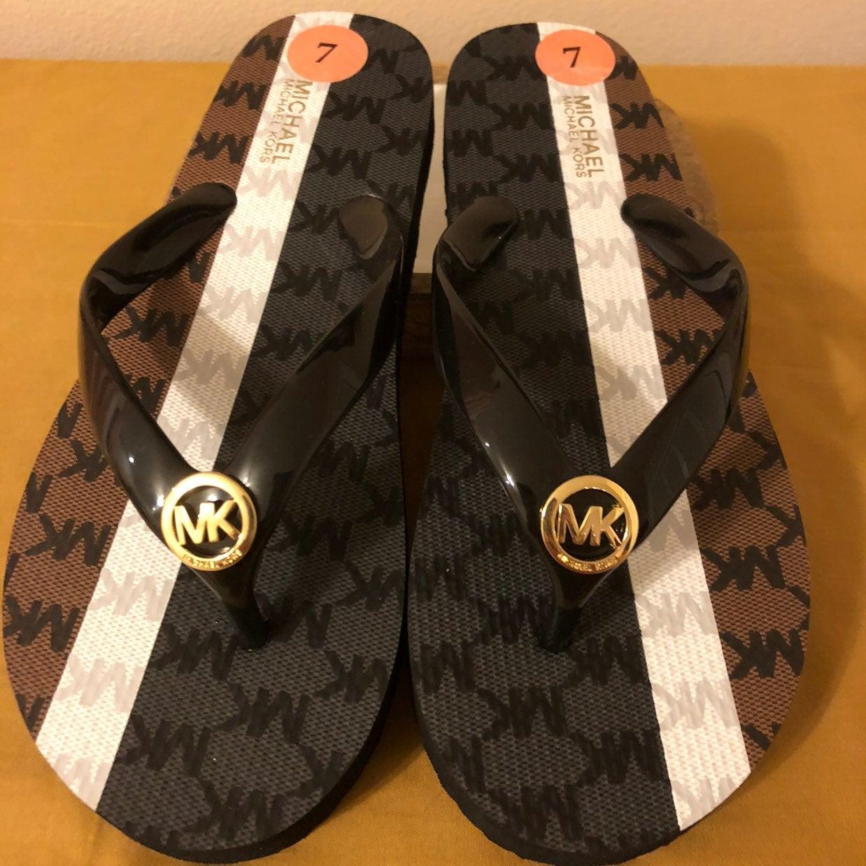 MK flip flops - size 7