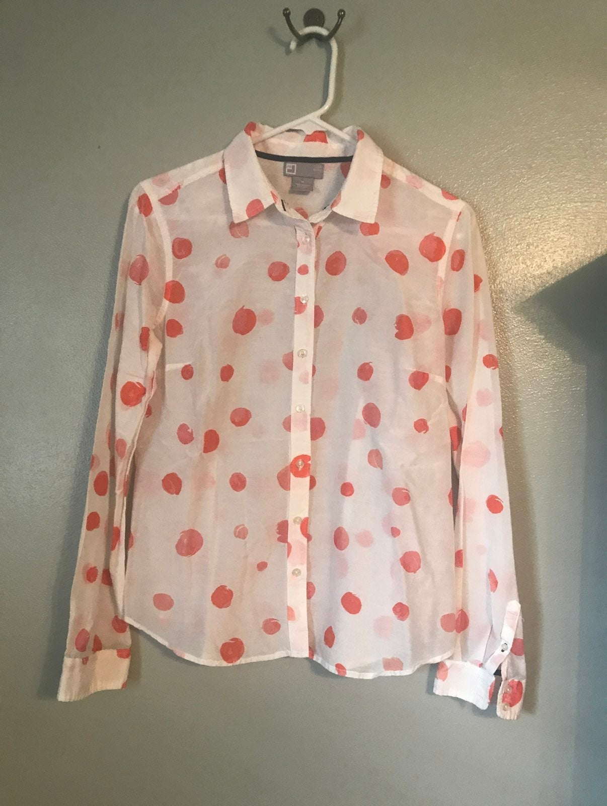 Long sleeve Shirt with dots