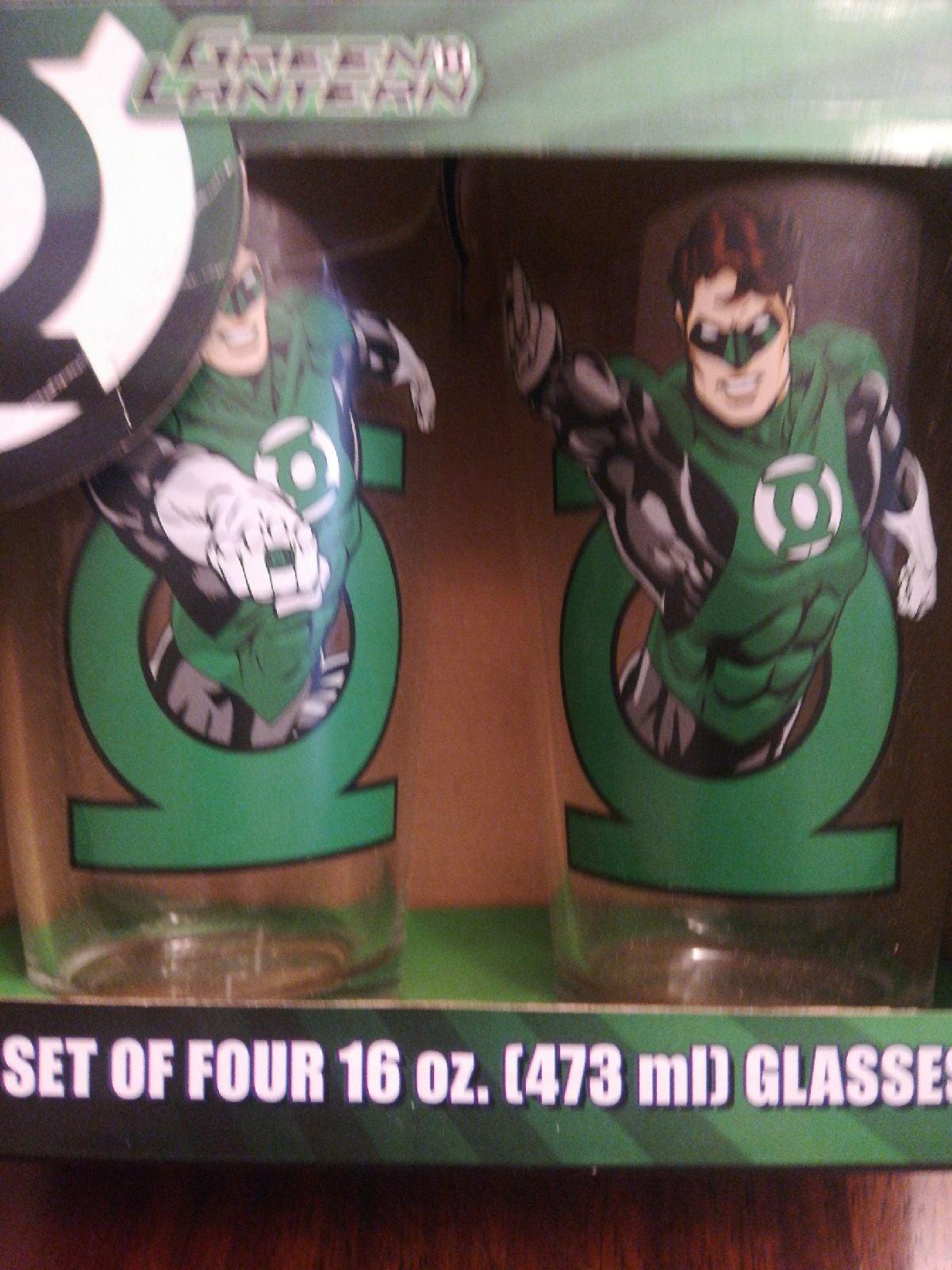 Green Lantern Glasses set of 2 new