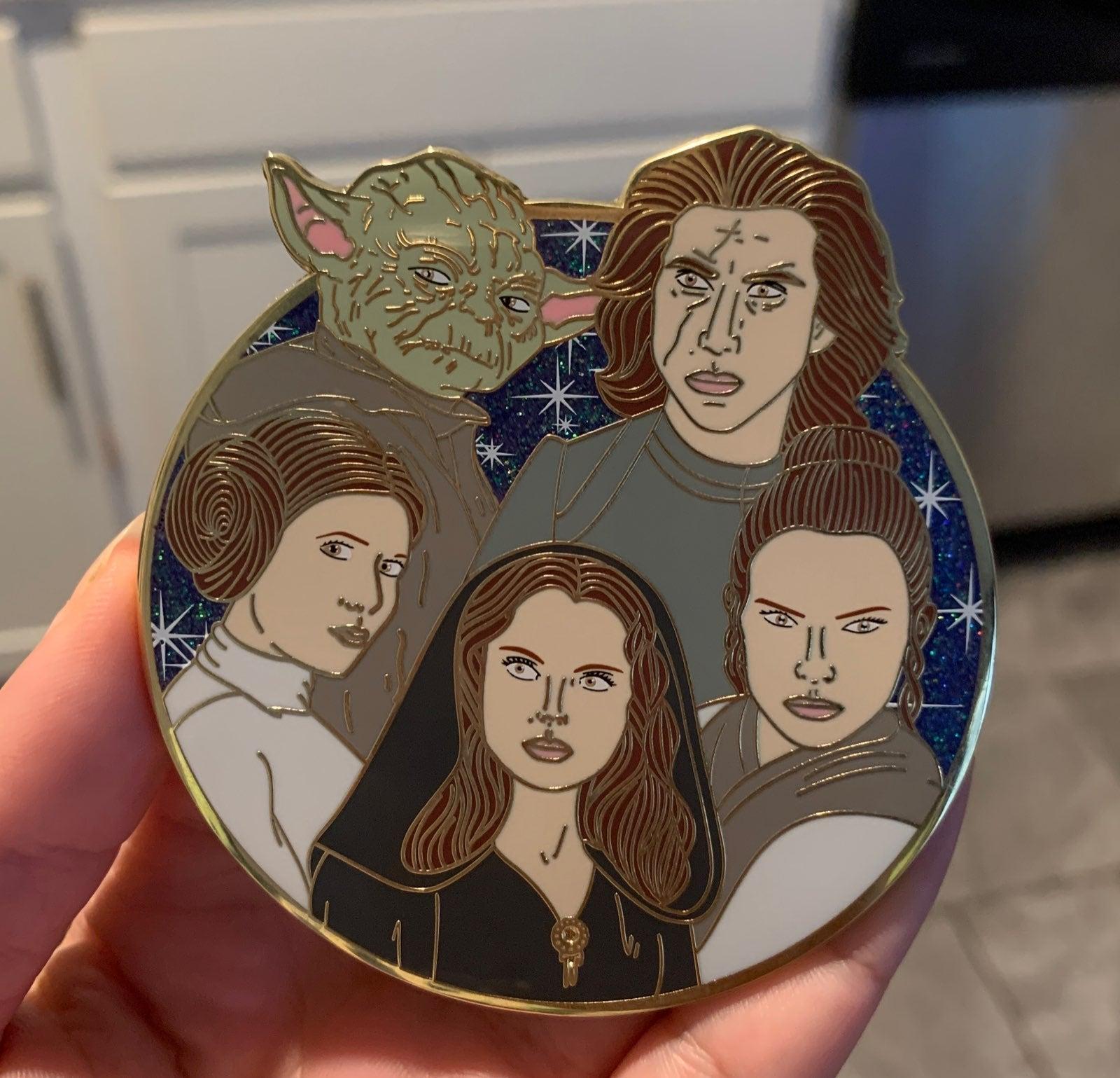 Star Wars Fantasy Pin Rey Kylo Leia