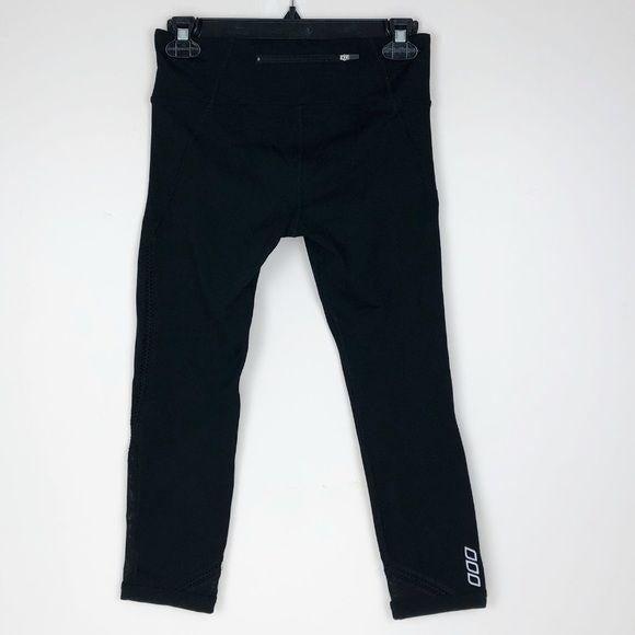 Lorna Jane Crop Leggings black back pock