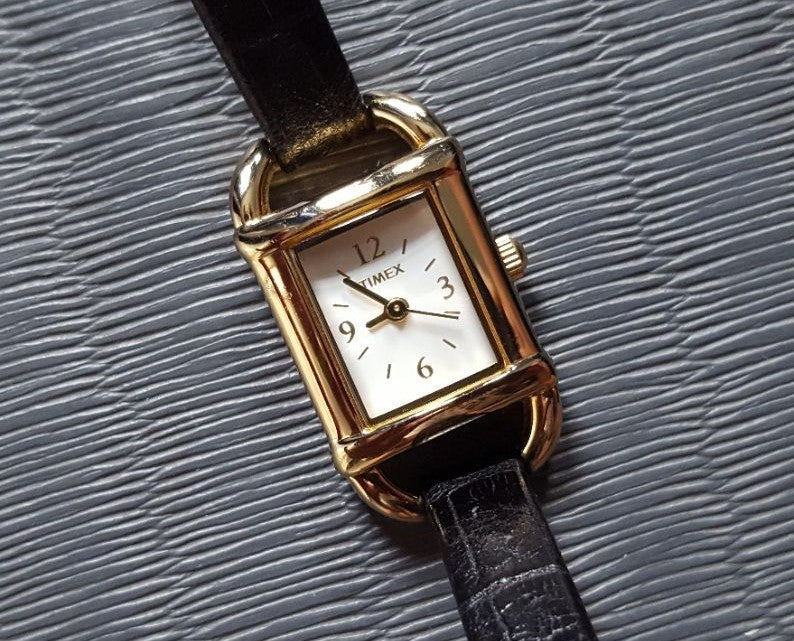 Timex Gold and Black Leather - Running
