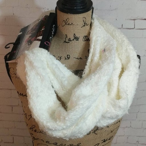 Cuddl Duds Ivory Knit Infinity Scarf