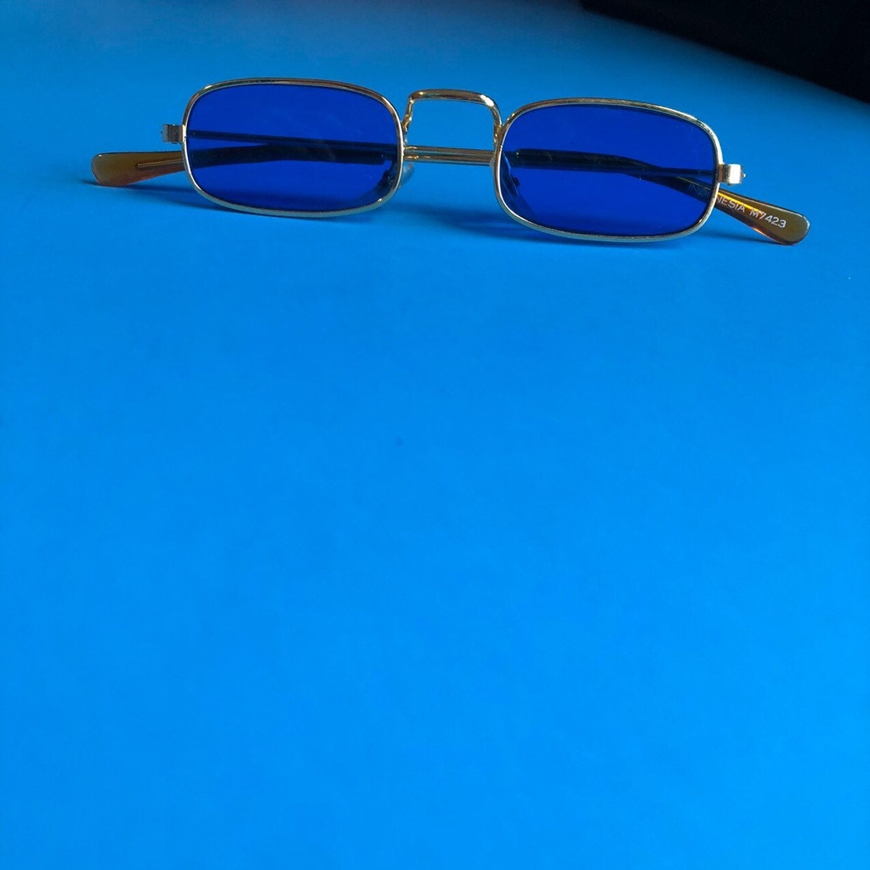 Blue and gold mini shades!