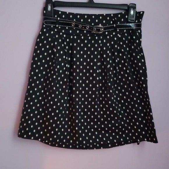 Black Pleated Diamond Design Mini Skirt