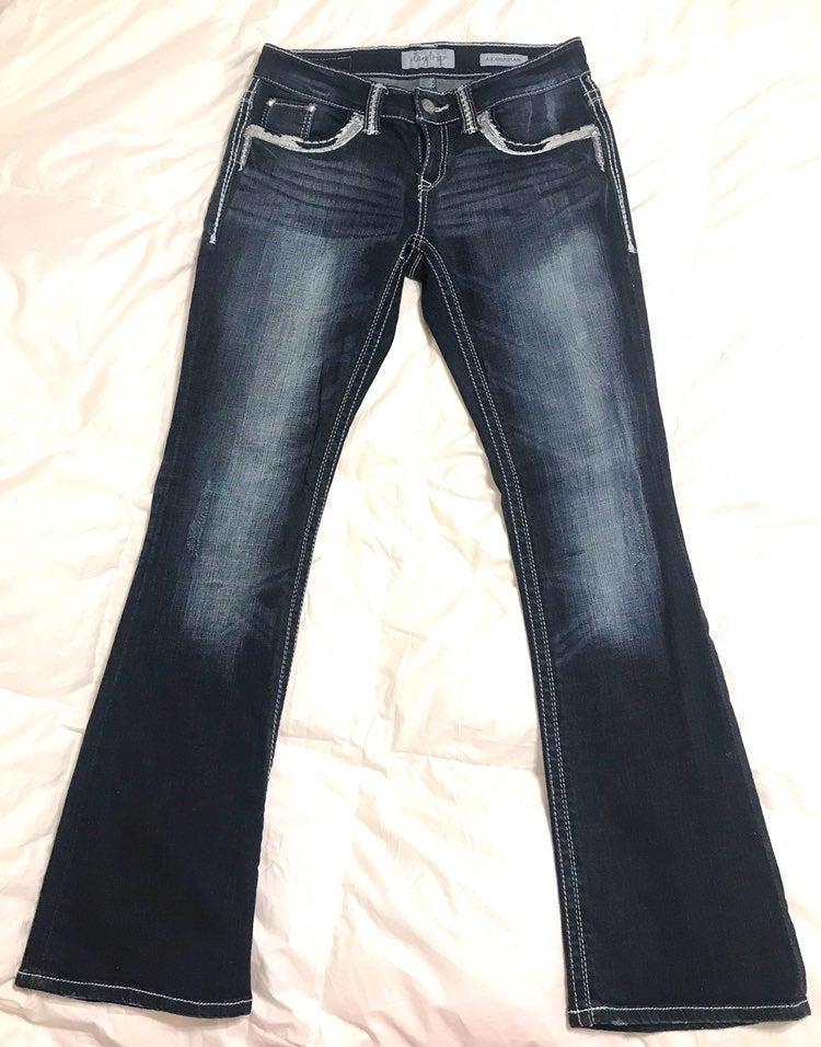 buckle jeans womans