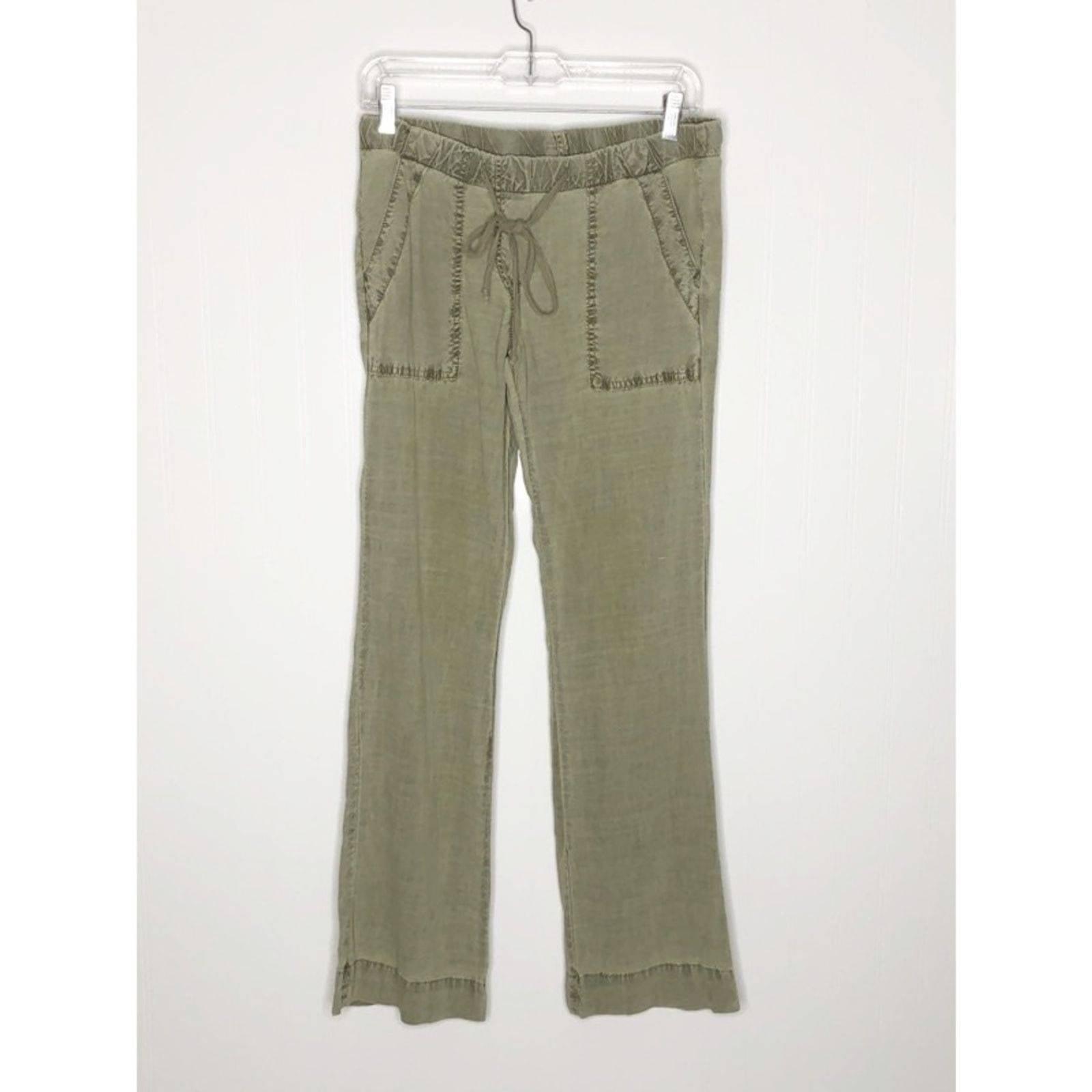 BELLA DAHL Sage Green Lounge Pants