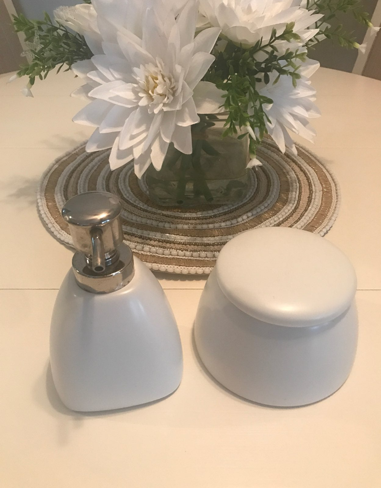 Umbra soap dispenser & storage container