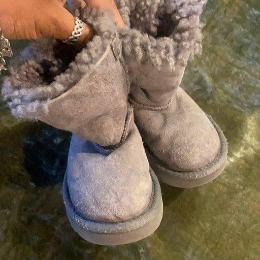 Ugg boots girls 7