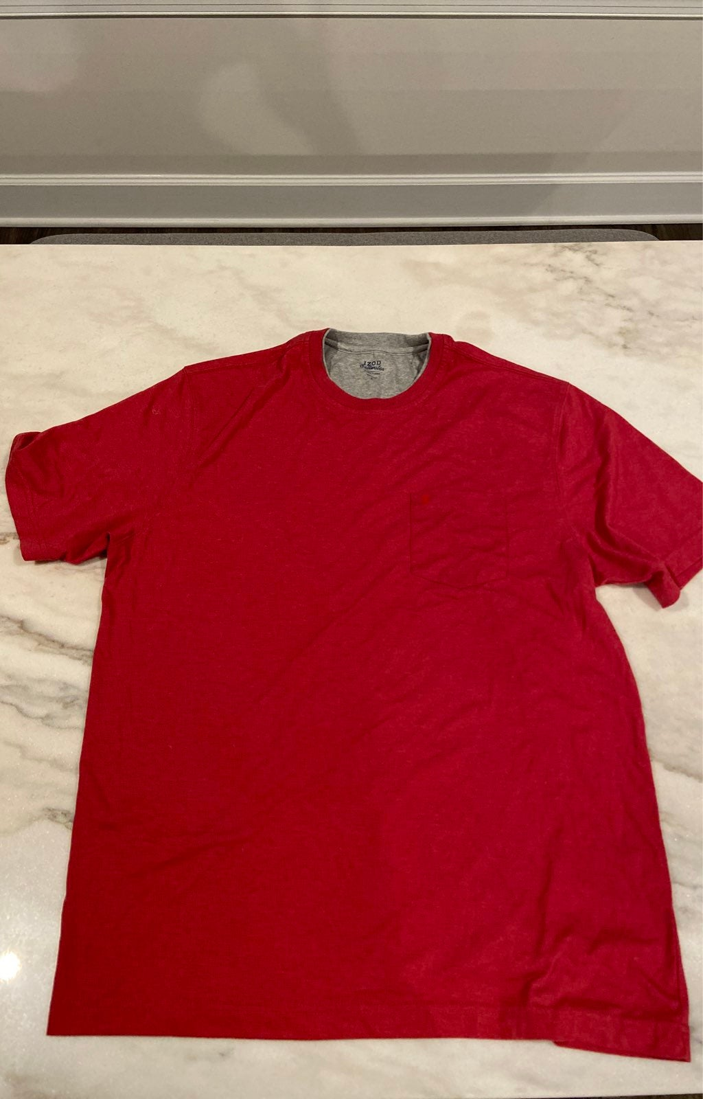 IZOD large shirt red