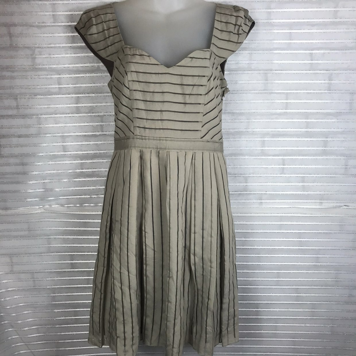 Marc New York Women's size 6 sleeveless