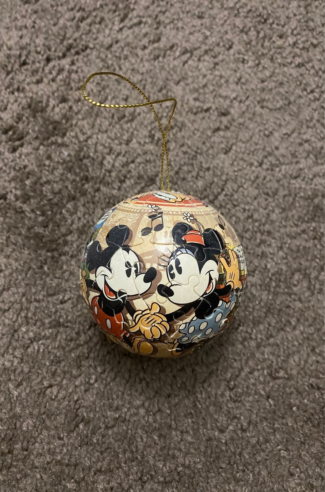 Disney Puzzle Ball