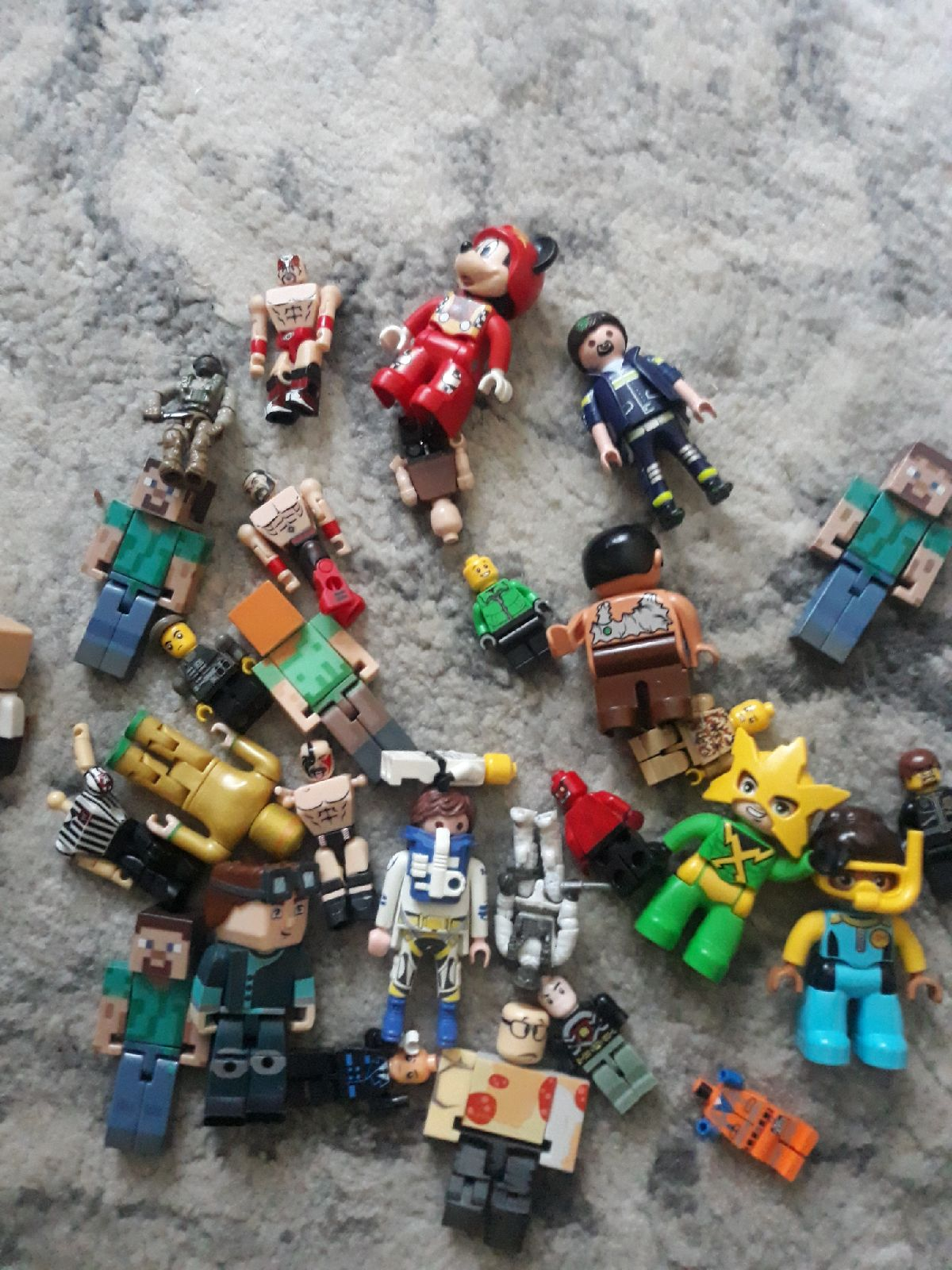 Bundle of legos