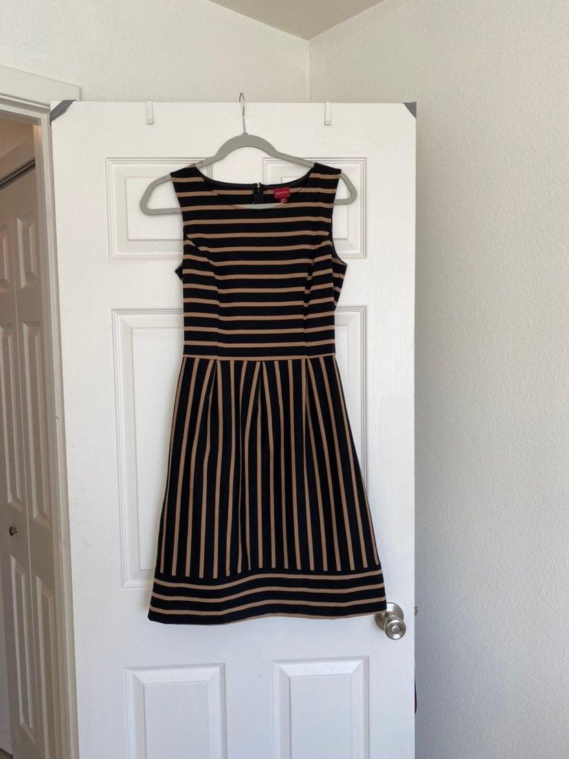 Merona sleeveless black and tan striped